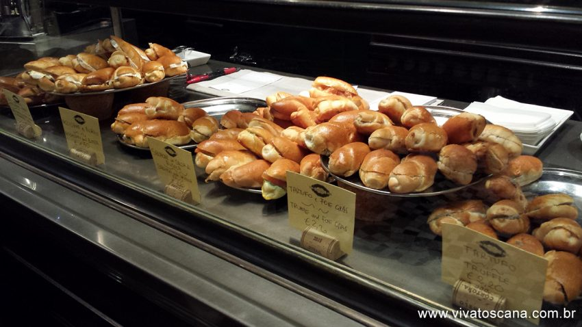 Os paninos trufados custam de 1,50 à 2,20 euros.