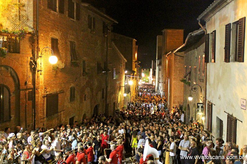 Via Boccaccio - cerca de 6 mil visitantes por noite!
