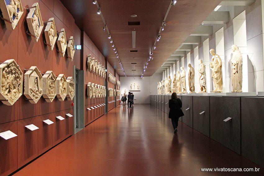 museu-duomo_estatuas-campanile