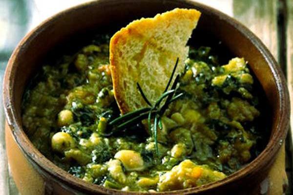 Farinata Lucchese - Receita: http://www.montecatinibenessere.it/cucina-tipica/la-farinata-sul-cavolo-nero